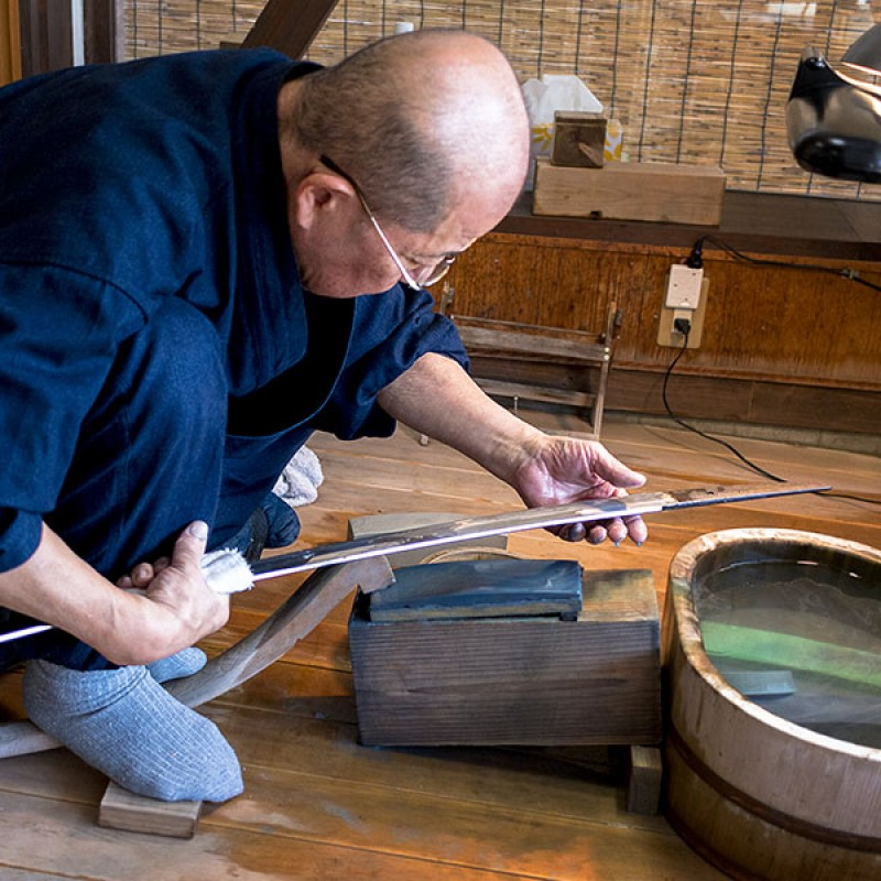How the japanese sword was sharpened?